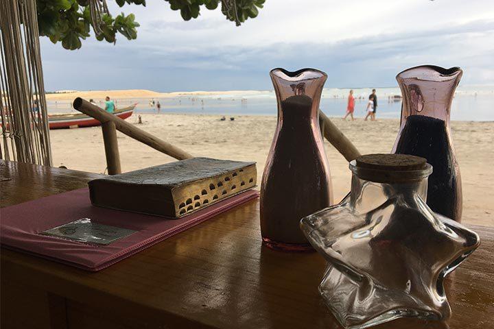 Altar de casamento na praia de Jericoacoara