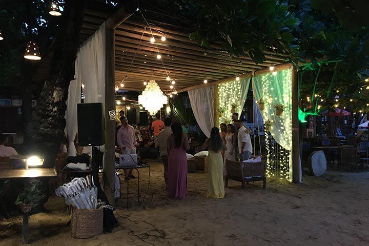 Festa de casamento em restaurante