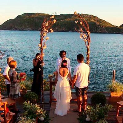 Cerimônia de casamento no Ferradura Private Buzios